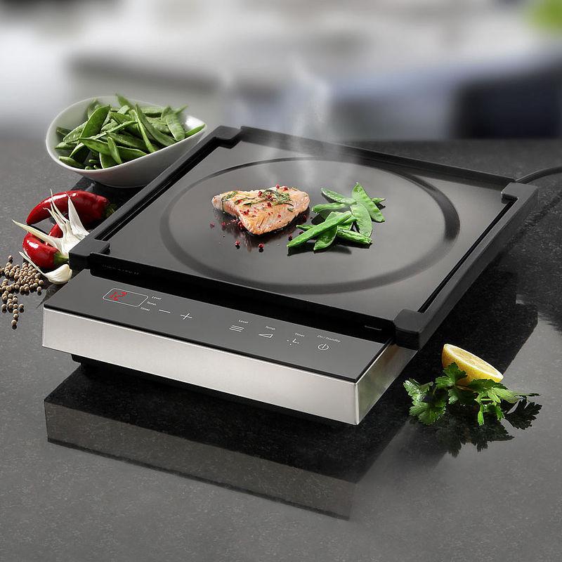 mobiles induktionskochfeld mit teppanyaki platte f r schnelles koch und grillvergn gen hagen. Black Bedroom Furniture Sets. Home Design Ideas